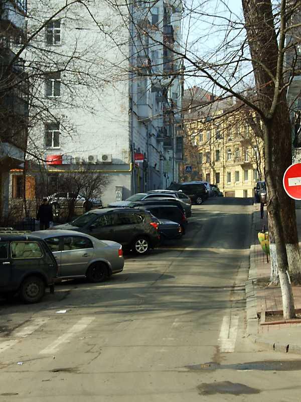 2012 р. Перспектива від вул. Малої Житомирської в бік вул. А.Тарасової