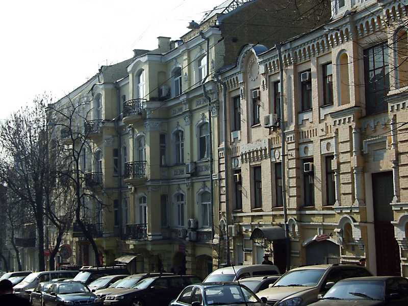 2012 р. Перспектива від Володимирського проїзду в бік Михайлівського провулку