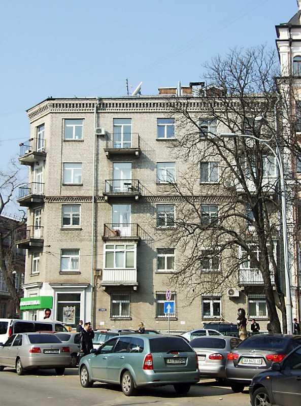 2012 р. Фасад по [Георгіївській площі]