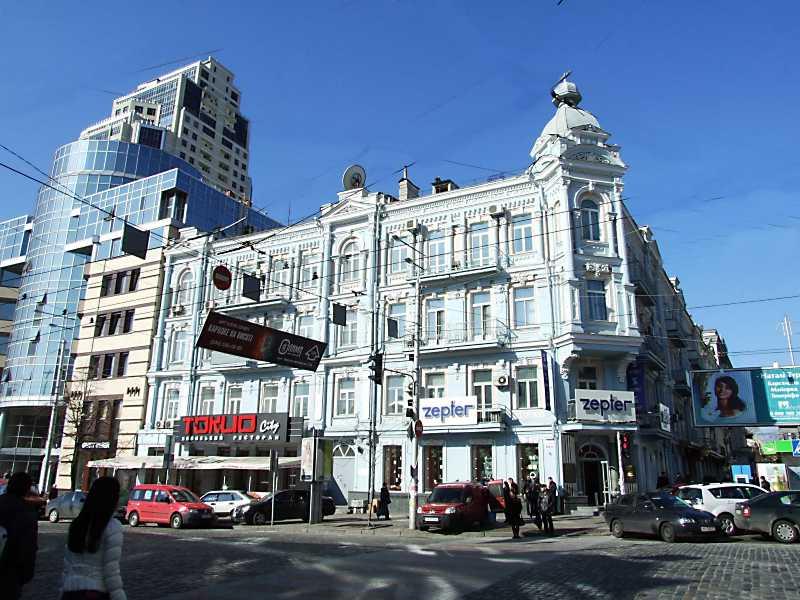 2012 р. Загальний вигляд з боку вул. Великої Васильківської