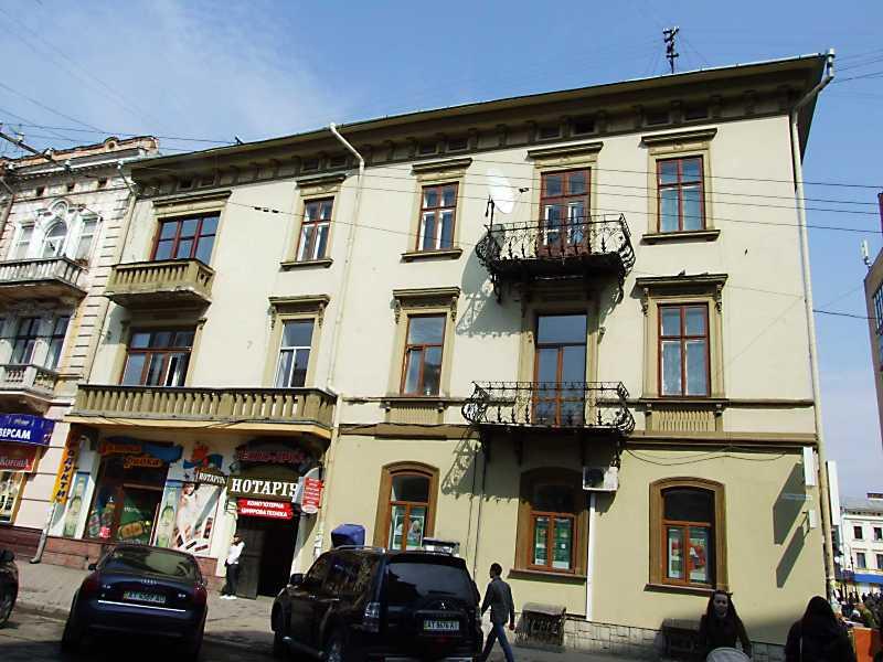 2012 р. Фасад по вул. Січових стрільців