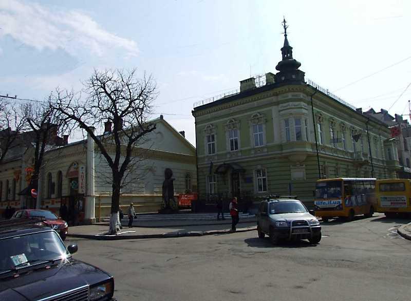 Чорновола вул.