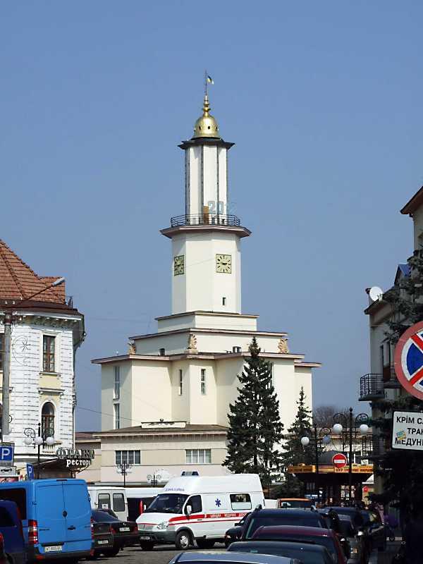 2012 р. Ратуша в перспективі вул.…