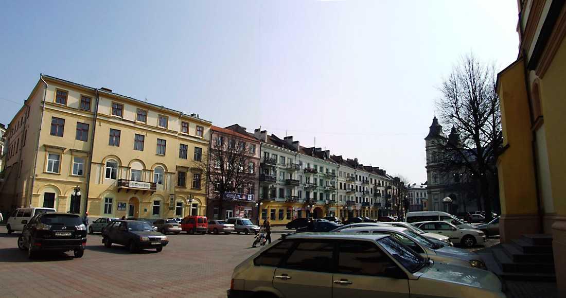 2012 р. Панорама площі з північного заходу