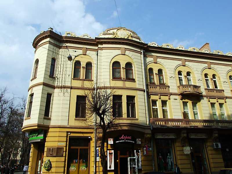 2012 р. Фасад по вул. Грушевського