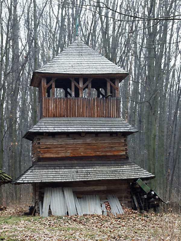 2012 р. Дзвіниця. Вигляд зі сходу