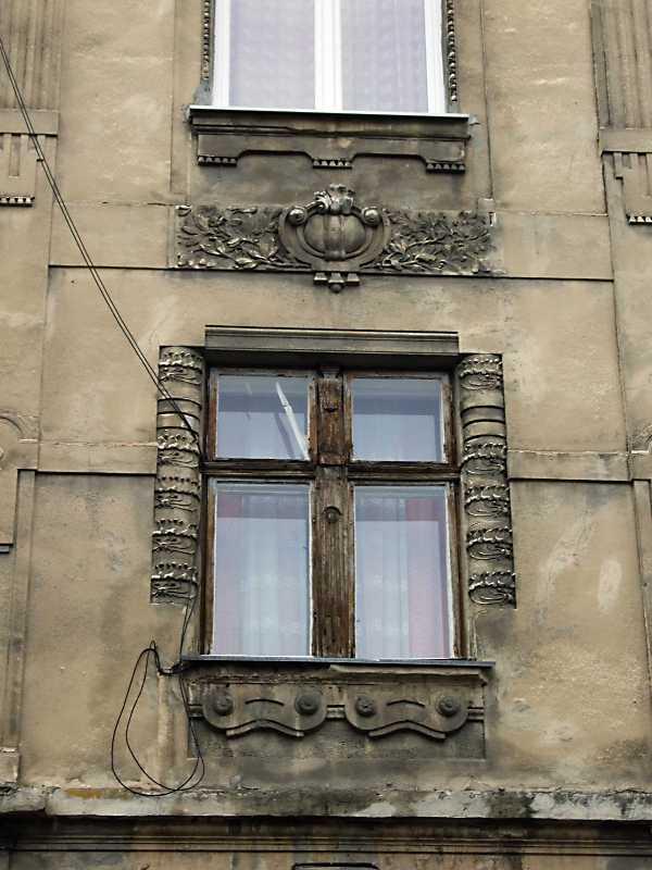 2012 р. Сецесійне вікно 2-го поверху