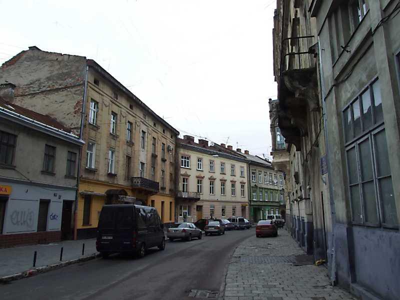 2012 р. Перспектива від вул. Томашівського в бік бул. Ковжуна