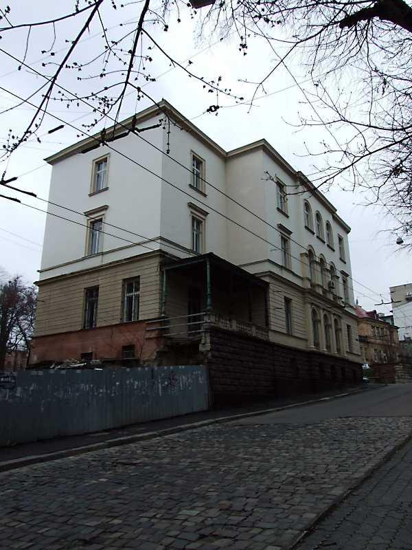 Вілла Ю. Захаревича (№ 1)