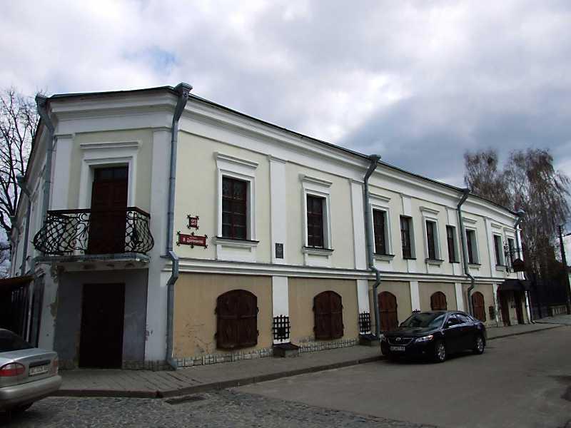 2012 р. Фасад по вул. Драгоманова