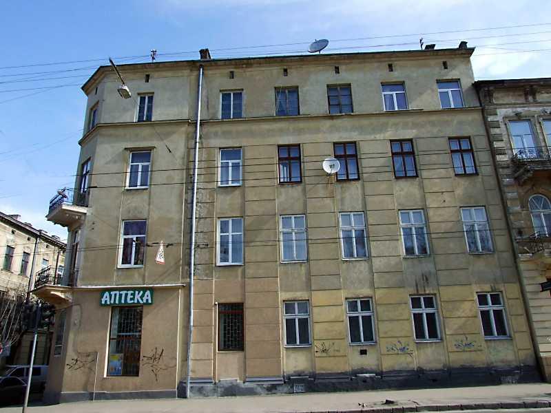 2013 р. Фасад по вул. Зеленій