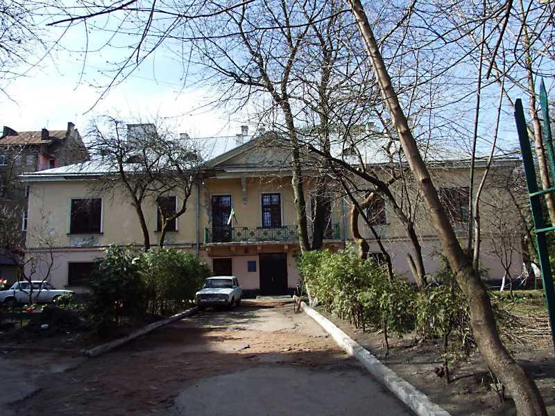 Палац Замойського (№ 24)