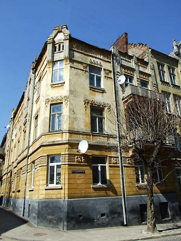 2013 р. Фасад по вул. Драгоманова