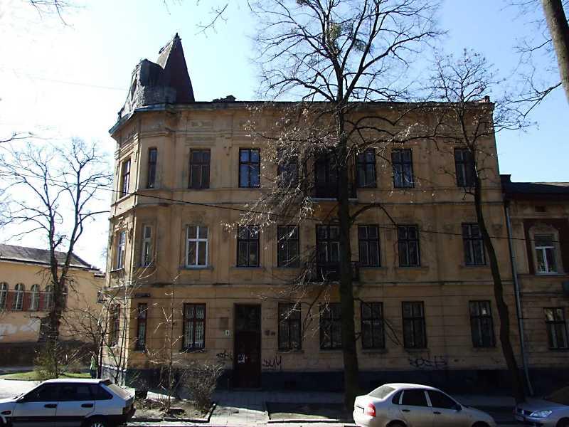 2013 р. Фасад по вул. Просвіти