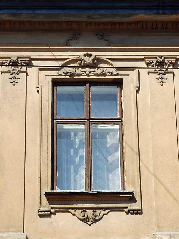 2013 р. Сецесійне вікно 3-го поверху