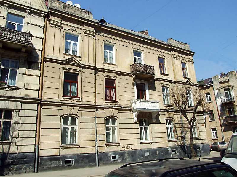 2013 р. Загальний вигляд з боку вул. Зарицьких