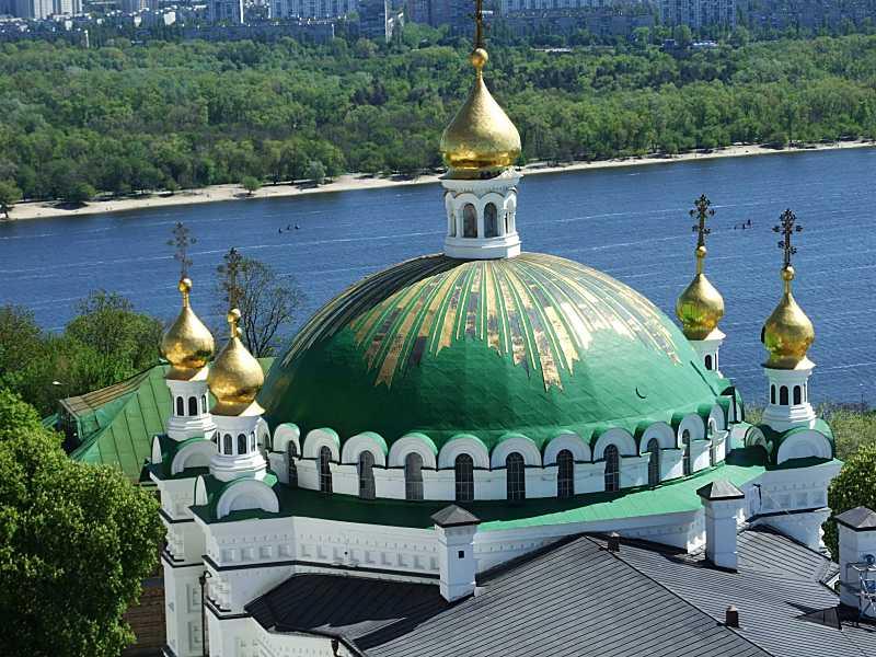 Верхи трапезної церкви св. Антонія і…