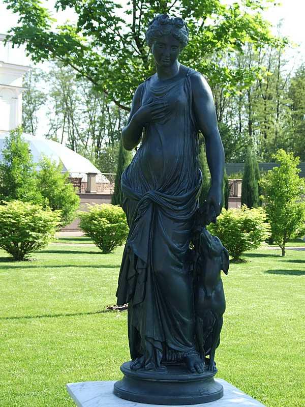 Скульптура Артеміди