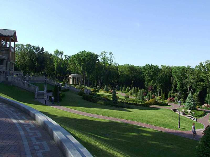 Партер (середня частина панорами)