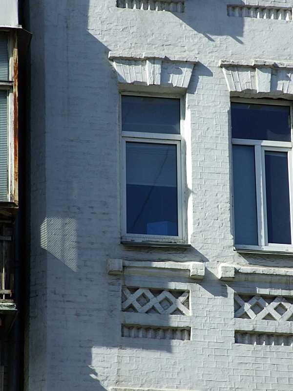Вікна 4-го поверху (2)