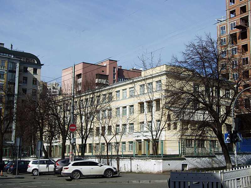 Школа з історією (№ 46)