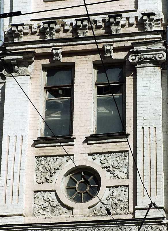 Вікна 3-го поверху сходової клітки