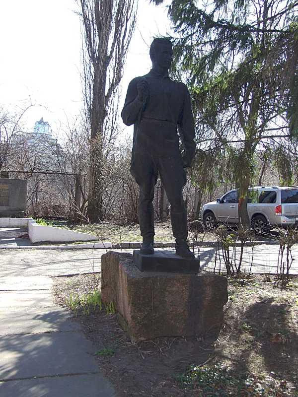 Пам'ятник Я. С. Приходьку