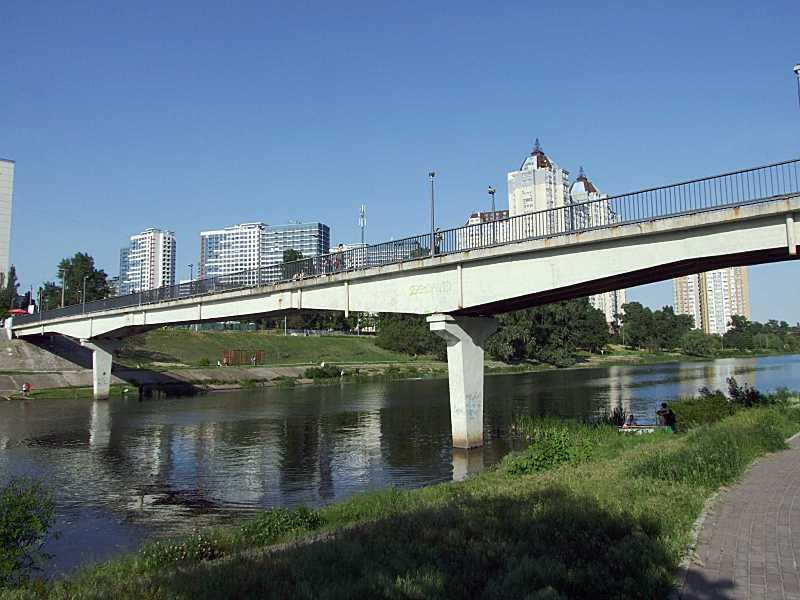 Міст № 4 (північний пішохідний міст)