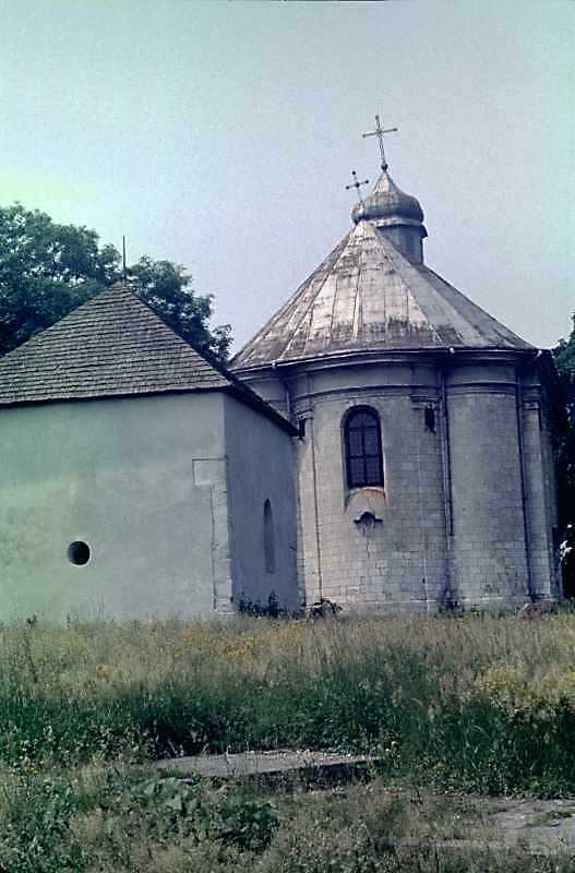 1988 р. Каплиця св.Василя і церква…
