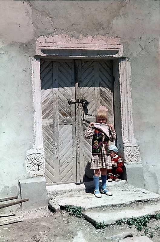 1988 р. Портал головного фасаду.…
