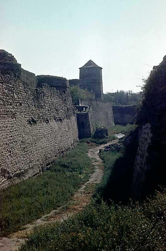 1986 р. Південний фронт з баштами 8, 7, 6. Вигляд із заходу