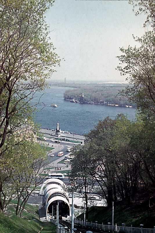 1979 р. Вид на трасу фунікулера і…