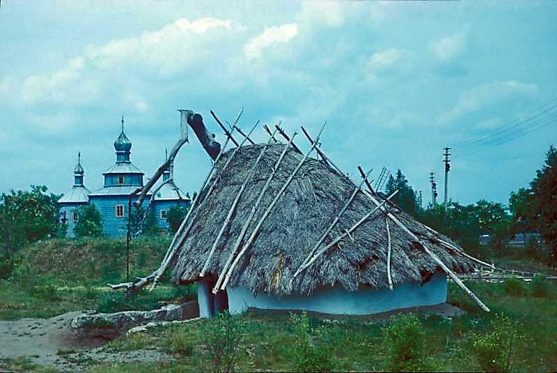 Житло черняхівської культури